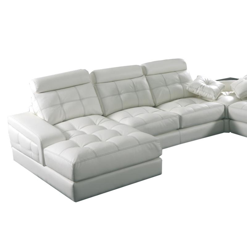 Sofá Barcelona color blanco tiene asientos deslizantes con opción de arcón.