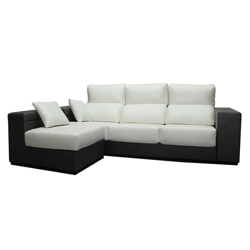 Sofá modelo Cibeles cuenta con puff en los brazos y con asientos extraíbles.