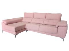 Sofá con cabezal reclinable y asientos extraíbles y desenfundables.