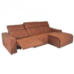 Sofá modelo Kenai 3 plazas con cabezales abatibles color marró.